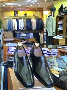 Esquire Mens Clothes - Astoria - Mens Style / Fashion | mens clothing in Astoria Queens, NY, mens suits, mens designer jeans, mens polo and linen shirts, mens shoes, canali suits, palzileri suits, eton mens shirts, cole haan mens shoes, white shirts, mens trousers, mens pants, 7 for all mankind designer jeans