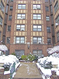Business & Real Estate In Jackson Heights & Elmhurst | jackson heights elmhurst real estate realtors condos apartments in jackson heights elmhurst queens jackson heights real estate realtors condos apartments